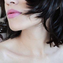 黒髪に酸性カラーは染まる?染まらない?